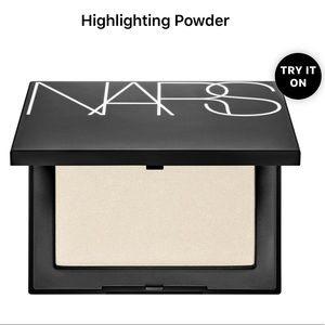NARS Highlighting Powder -Albatross